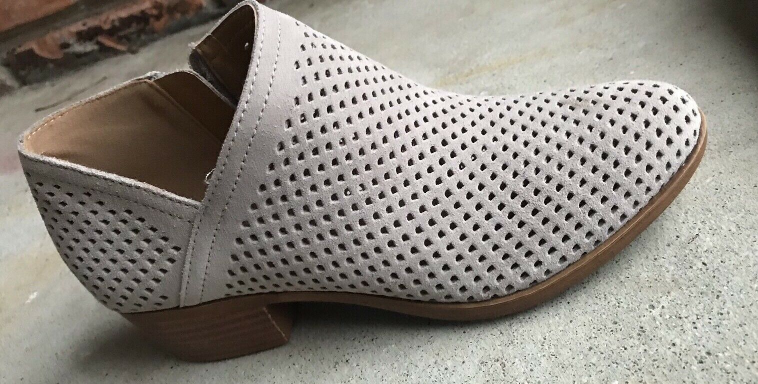 New Lucky Brand Baylah Suede leather perfoated perfoated perfoated Ankle stivali avvioies 6.5 9.5 Taupe ef99d3