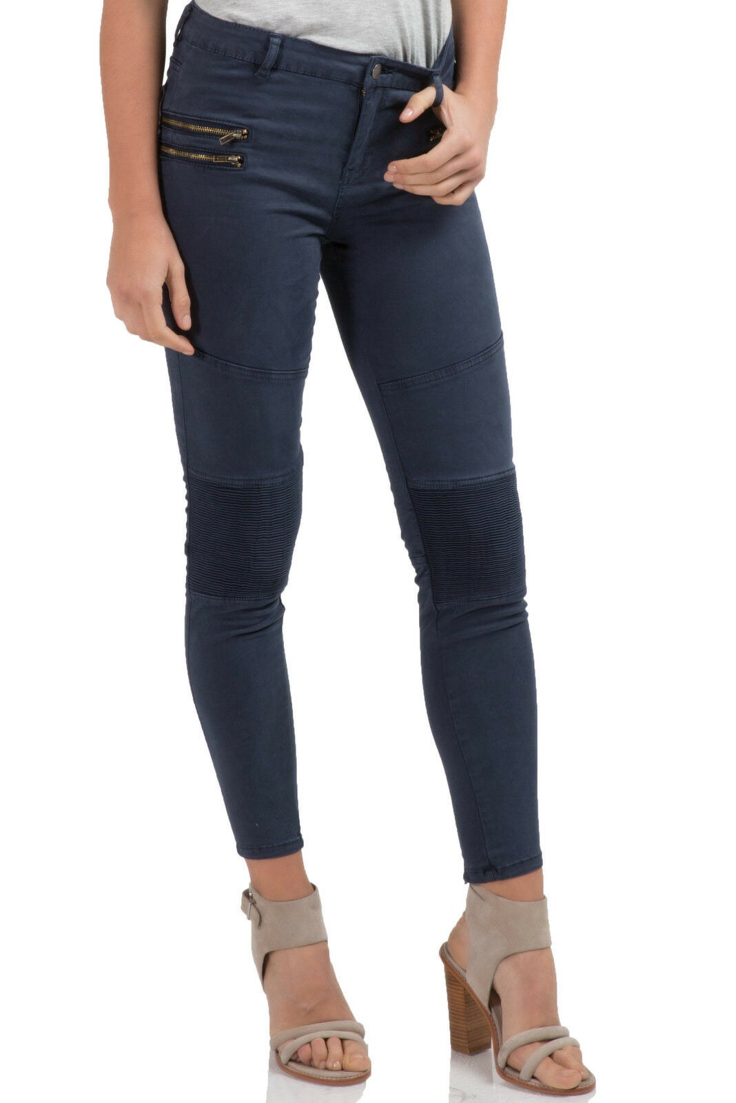 Elan pants w knee pleats in navy color