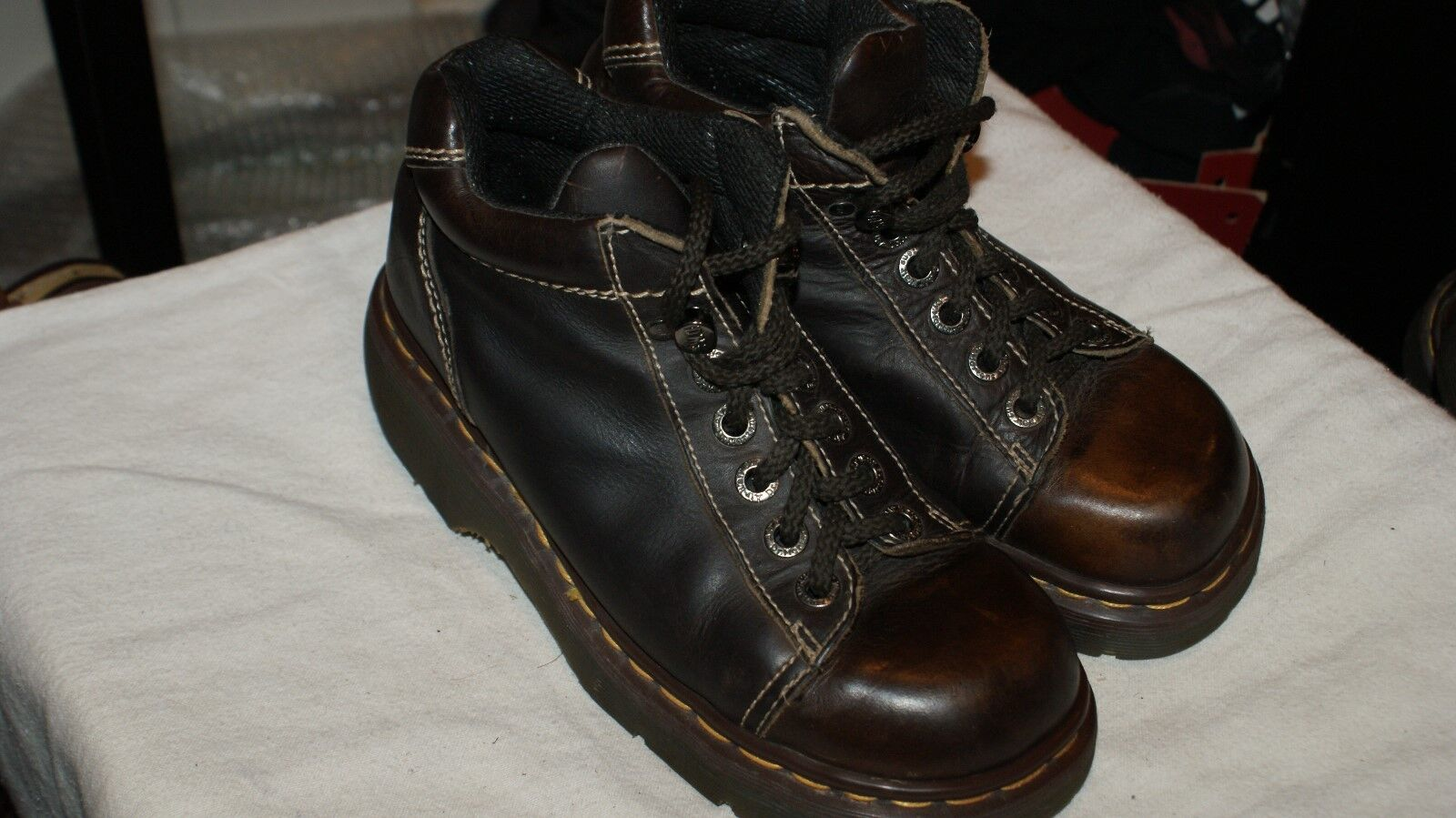 Vint Dr Doc Martens Mens Boots 8542 US Sz 6 UK Sz 5 Womens Sz 7 England Brown