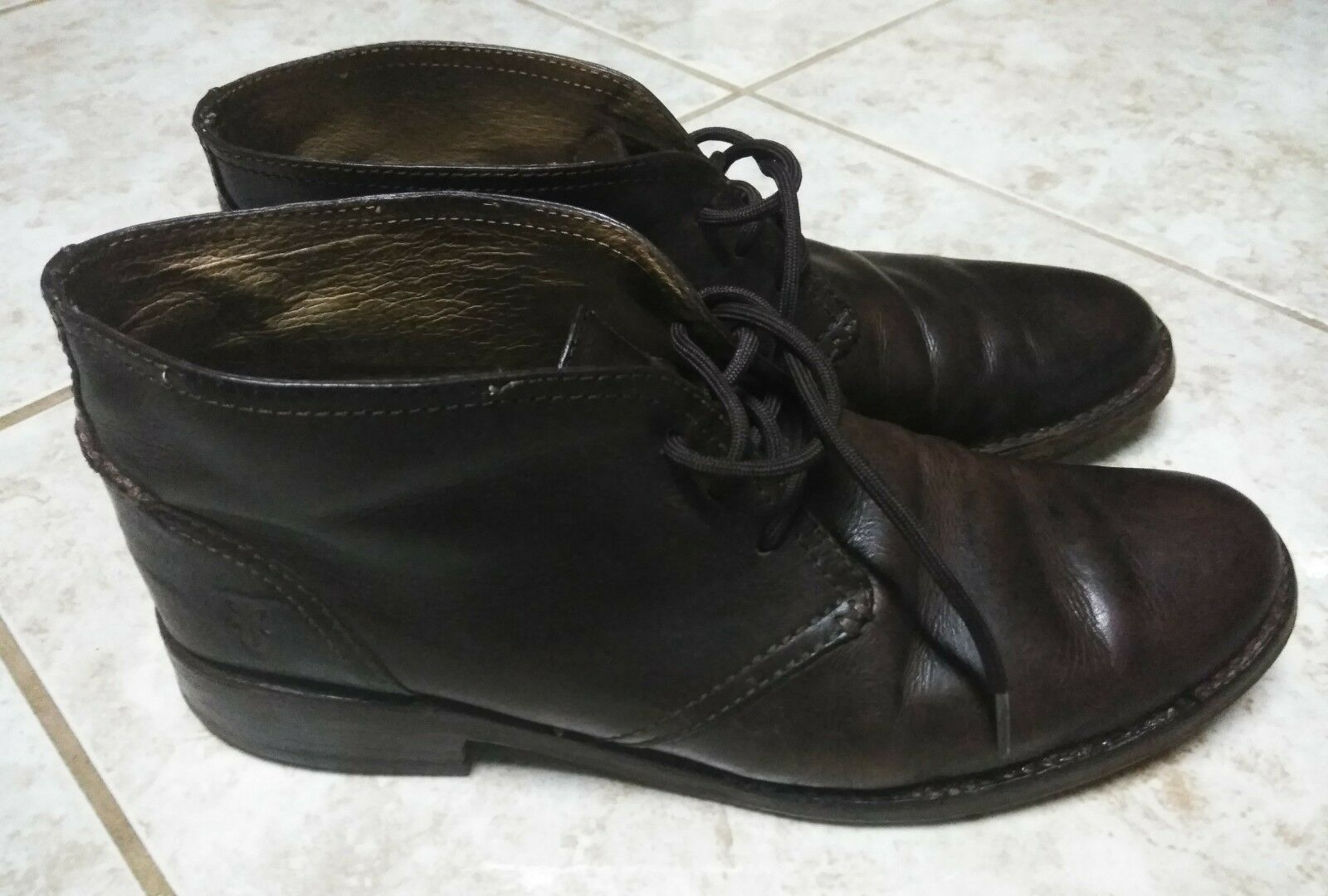Mens Frye Lace Up Chukka Brown boots Size 11.5