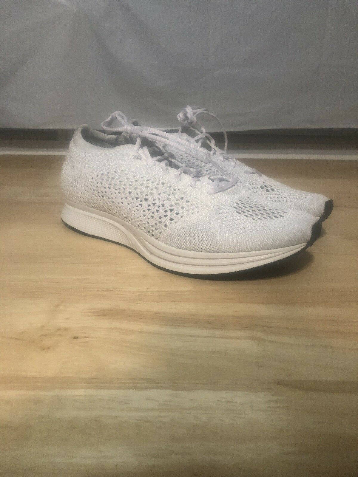 dd7769720b5 Nike Flyknit Racer Men s Size 7 WMS WMS WMS Sz 8.5 Running shoes Triple  White f00932