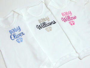 Hearts Embroidered Baby Vest Gift Personalised I/'m The Little Sister