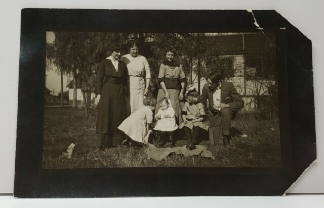 RPPC Trying for The Family Photo, Oh Those Children c1907 Postcard G7