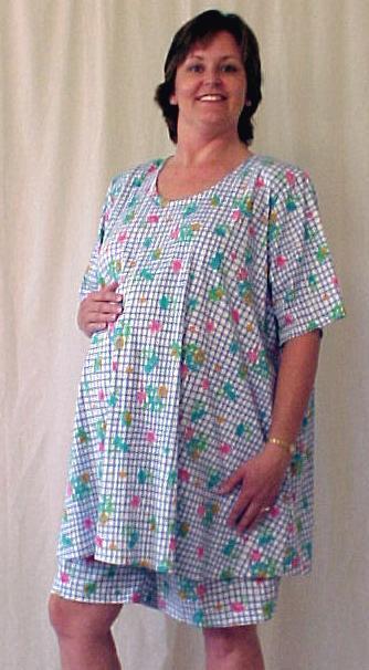 Plus size maternity 2 piece floral cotton knit shorts top set
