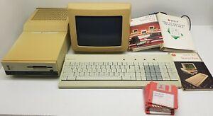 Apricot F1 Computer MS-DOS Scotland 256Kb Ram.Monochrome monitor,Keyboard.Boots!