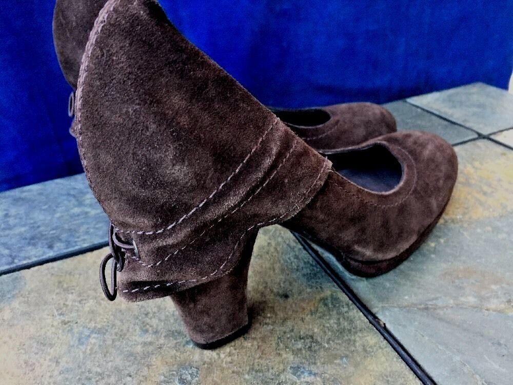 APEPAZZA Cowboy Boots Suede UNIQUE Platforms Wedges High Heels Womens Shoes Sz 6