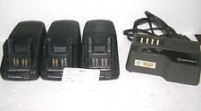 Motorola Radio Charger Lot 4 Portable 2 Two Way Walkie Talkie Aa16740 Nln7175a
