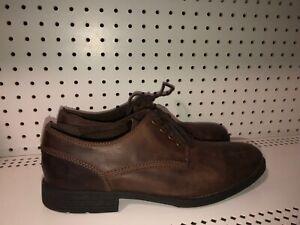 Clarks-Homme-en-Cuir-a-Lacets-Casual-Chaussures-Derbies-taille-12-M-Marron