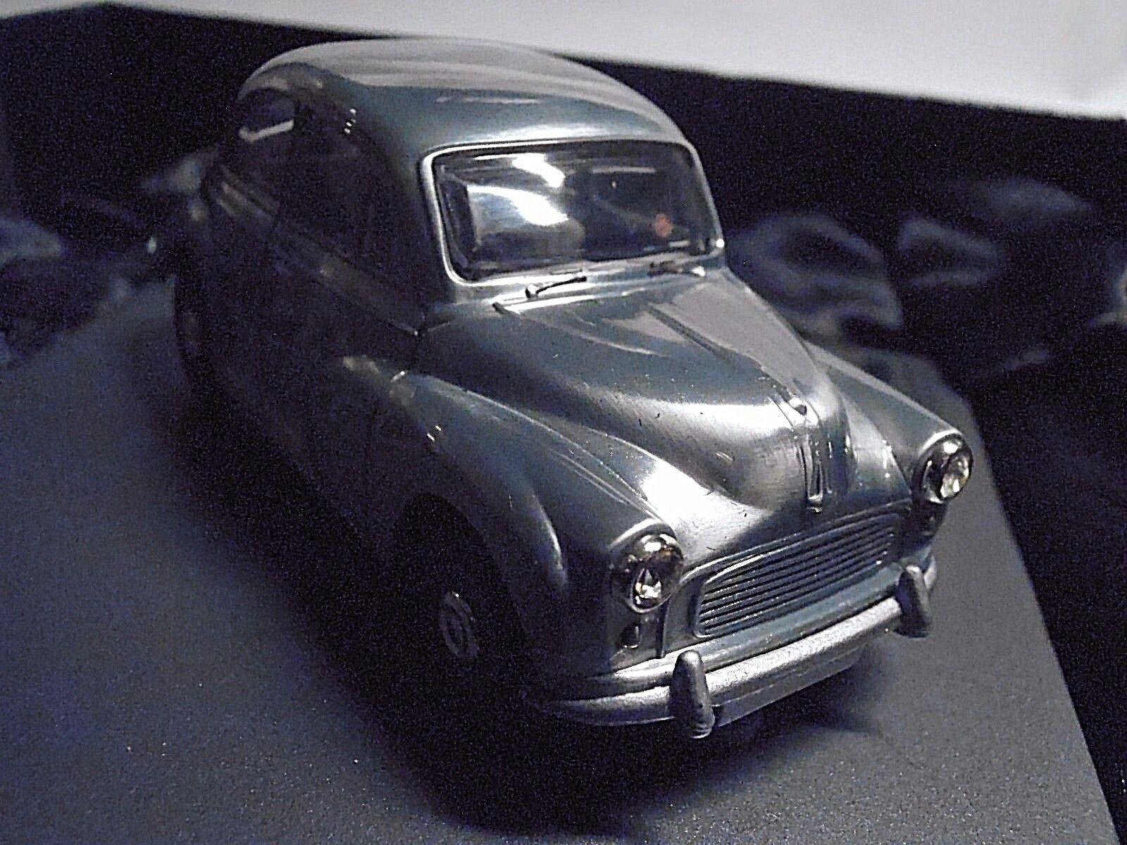Morris Minor  Corgi 1 43 (ca.8,5 cm)  G5011 - Precision  Metall poliert