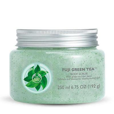 The Body Shop Fuji Green Tea™ Body Scrub 250ml