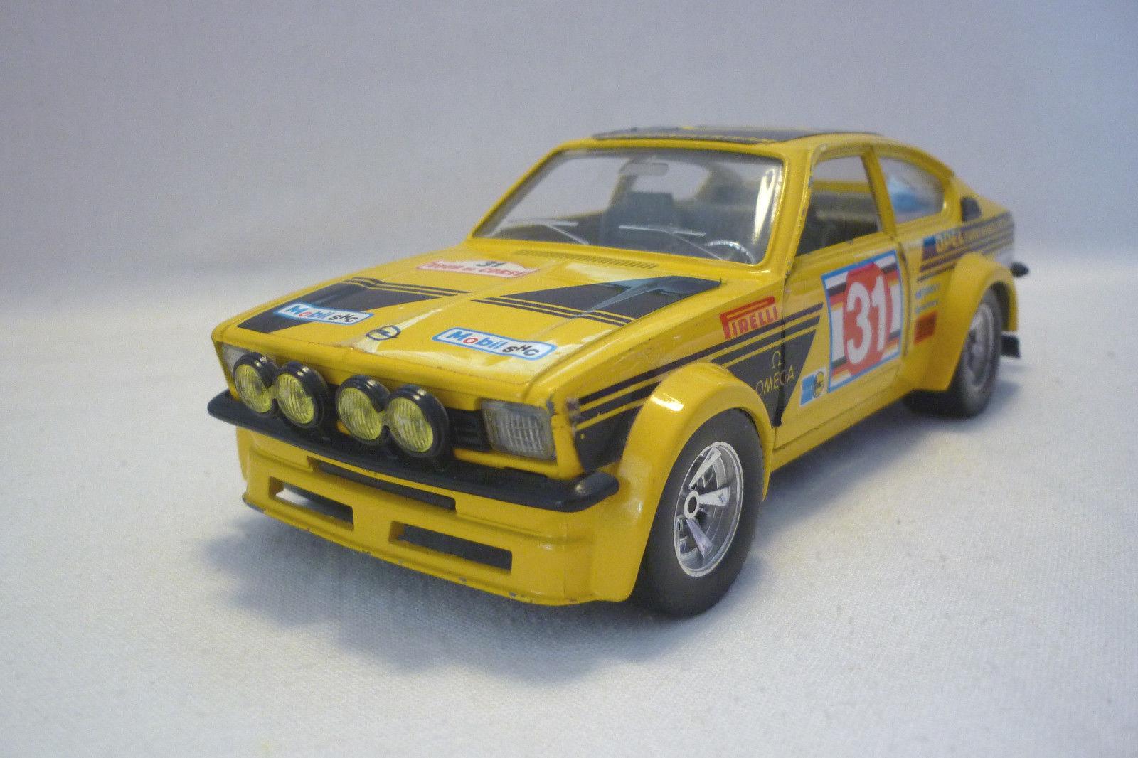 Bburago  modellolo in Mettuttio  Opel Kadett Gte Rtuttiy  1 24  5.DIV25