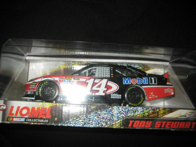 JSA TONY STEWART Signed OFFICE DEPOT Die Die Die Cast Car PROOF 8e9004