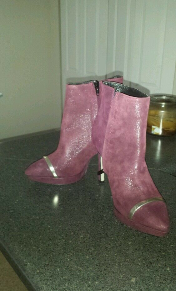 Jeremy Ho and Vero Cuoio ankle boots