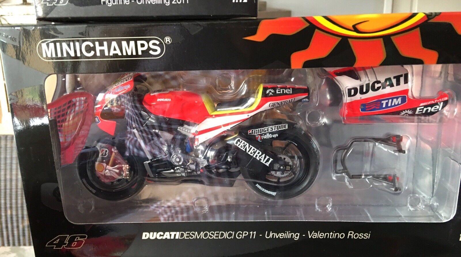 1 12 Minichamps Ducati  Desmosedici + Figure Rossi Unveiling 2011