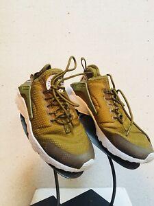 7428e8df0c4 Nike Air Huarache Size 6 Olive Green Shoes 888408175694 | eBay