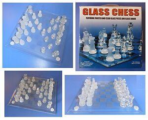 Scacchi-opachi-satinati-e-trasparenti-lucidi-scacchiera-in-vetro-cm-19-2-x-19-2