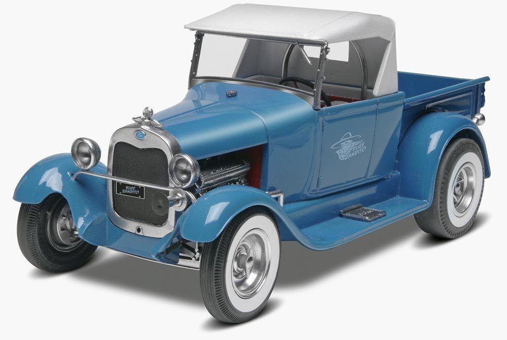 2014 Monogram  24 Azul Bandito '29 Ford Street Rod