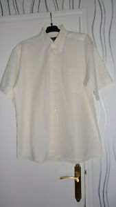 """Chemise homme taille L """"Axio"""""""