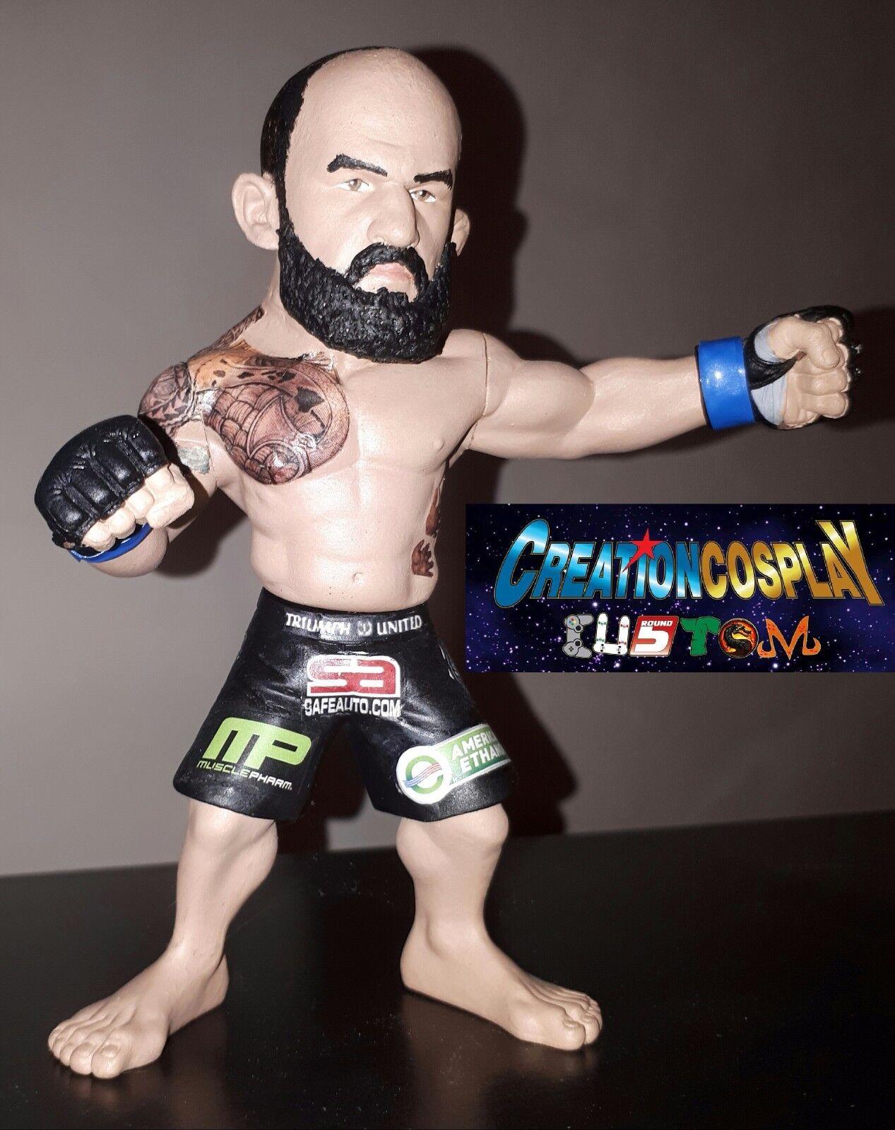 Figurine Travis hapa marronee custom round 5 handmade figure mma ufc statue pride
