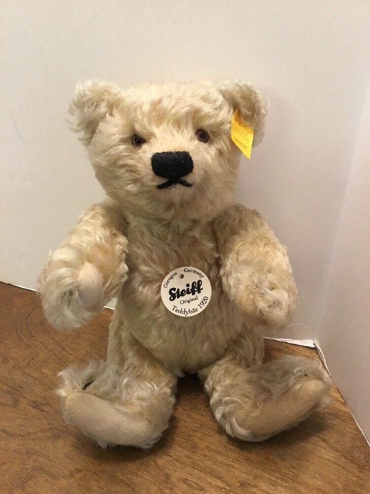 Steiff Classic 1920 Replica Teddy Bear EAN 000645 Ear Button