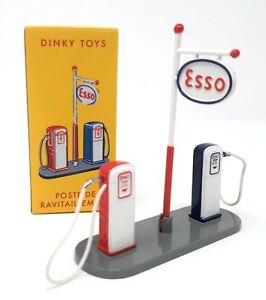 Dinky-Toys-by-Atlas-1-43-Gas-Station-Petrol-Station-Esso-multicolor-Metal-49D