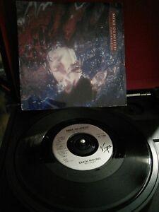 Mike-Oldfield-Earth-Moving-Vinyl-7-034-Single-UK-VS-1189-1989