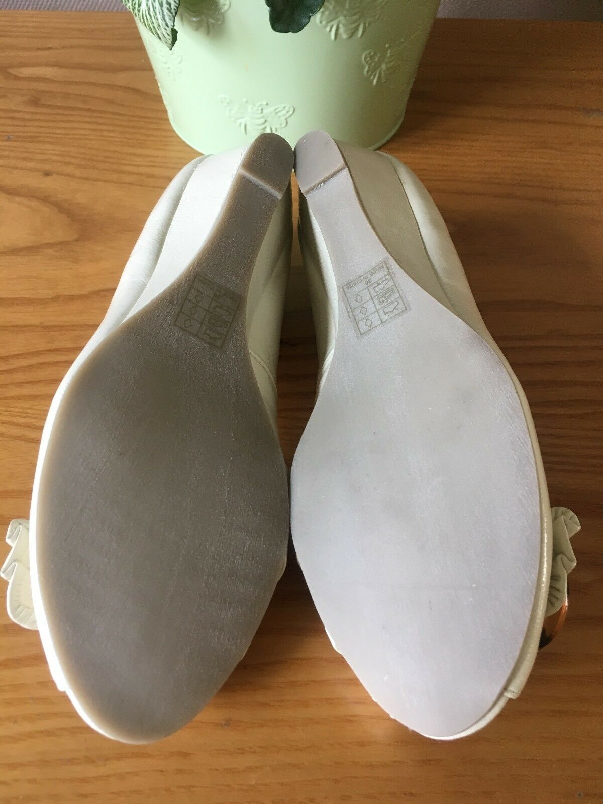 Carvela Kurt peep Geiger Amelia cream patent peep Kurt toe wedge shoes UK 3.5 EU 36.5 New 39fa1d