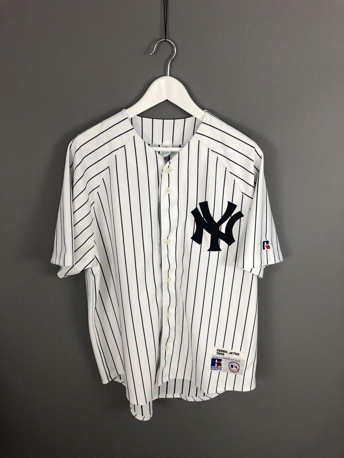 NEW YORK YANKEES Baseball Jersey - Large - 2 JETER - Russell Athletic - Men's