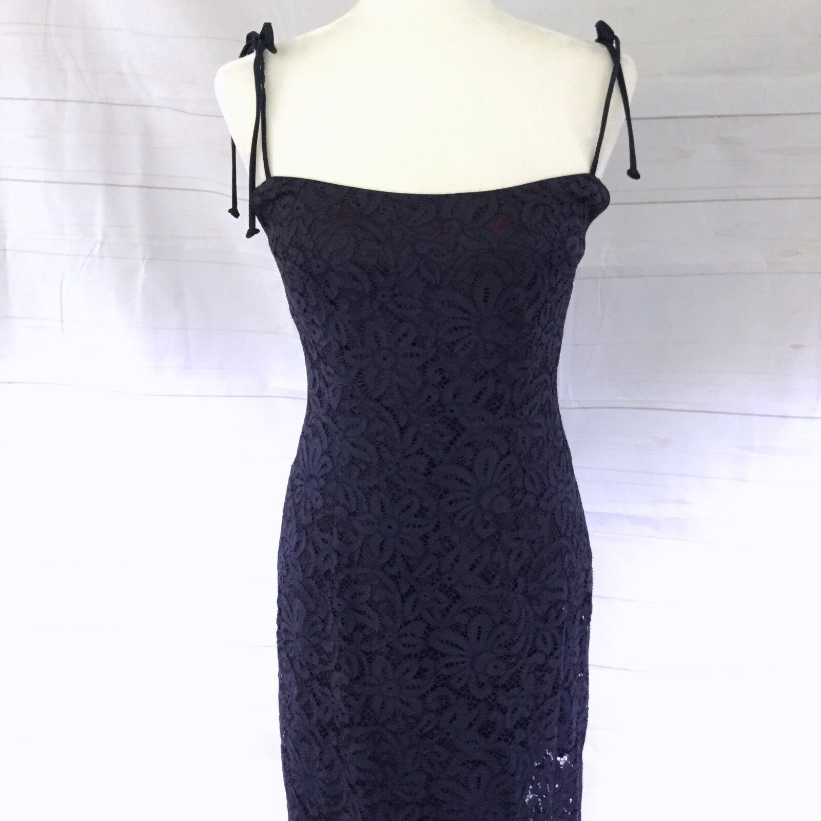 Vintage Nicole Miller New York City Size 8  Navy Lace Maxi Dress