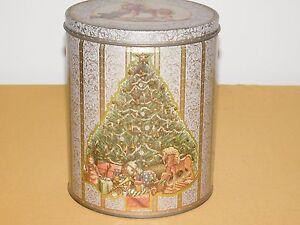 "VINTAGE 7 1/4"" CHRISTMAS TREE WOOD ROCKING HORSE TEDDY BEAR TIN CAN"