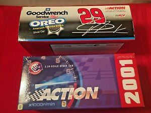 2001-Action-1-24-Kevin-Harvick-29-GM-Goodwrench-Service-Plus-Oreo-Show-Car