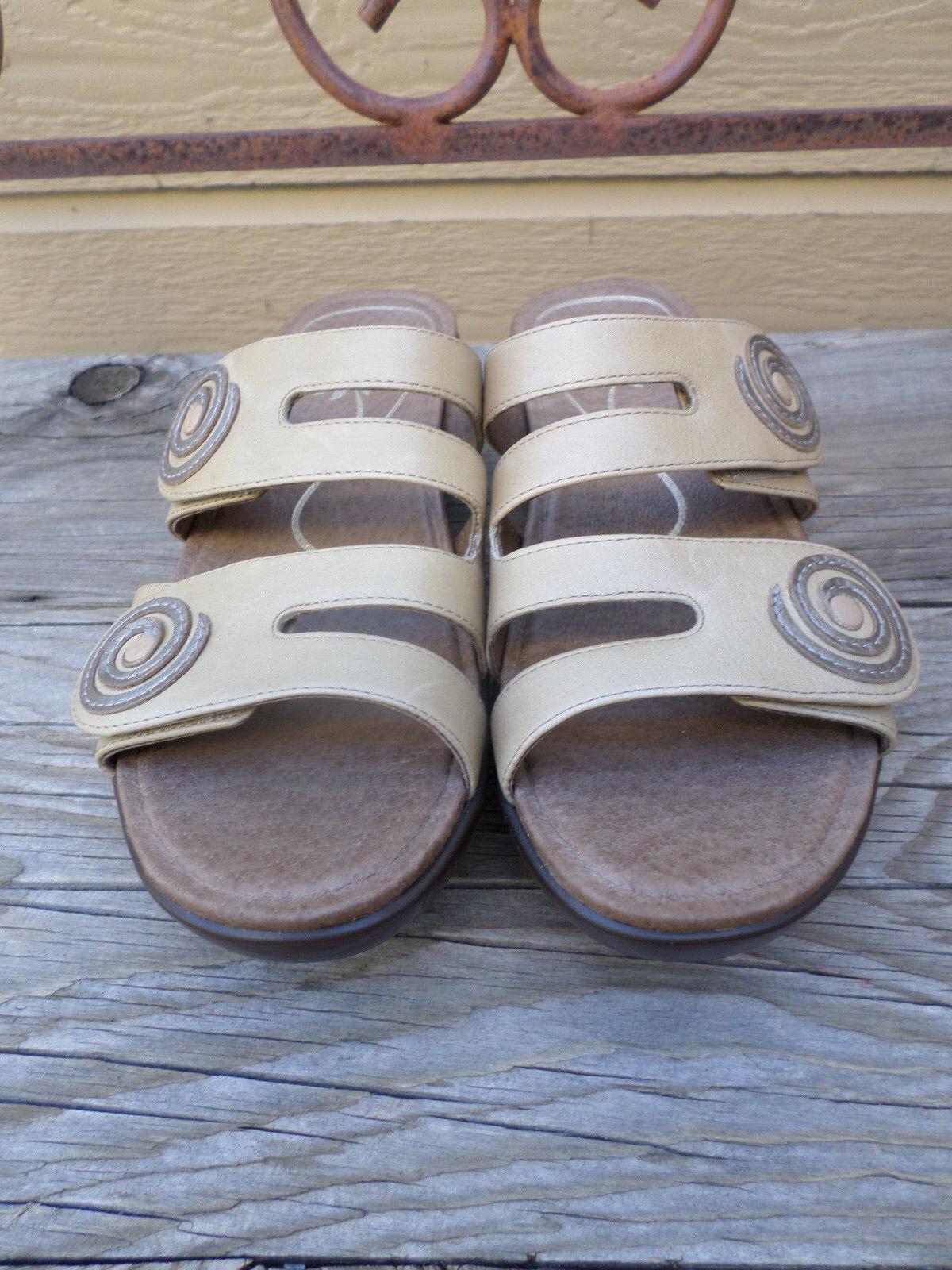 Dansko Tan Leather Sandals Women's 37    6.5-7