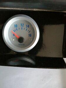 Voltage gauge
