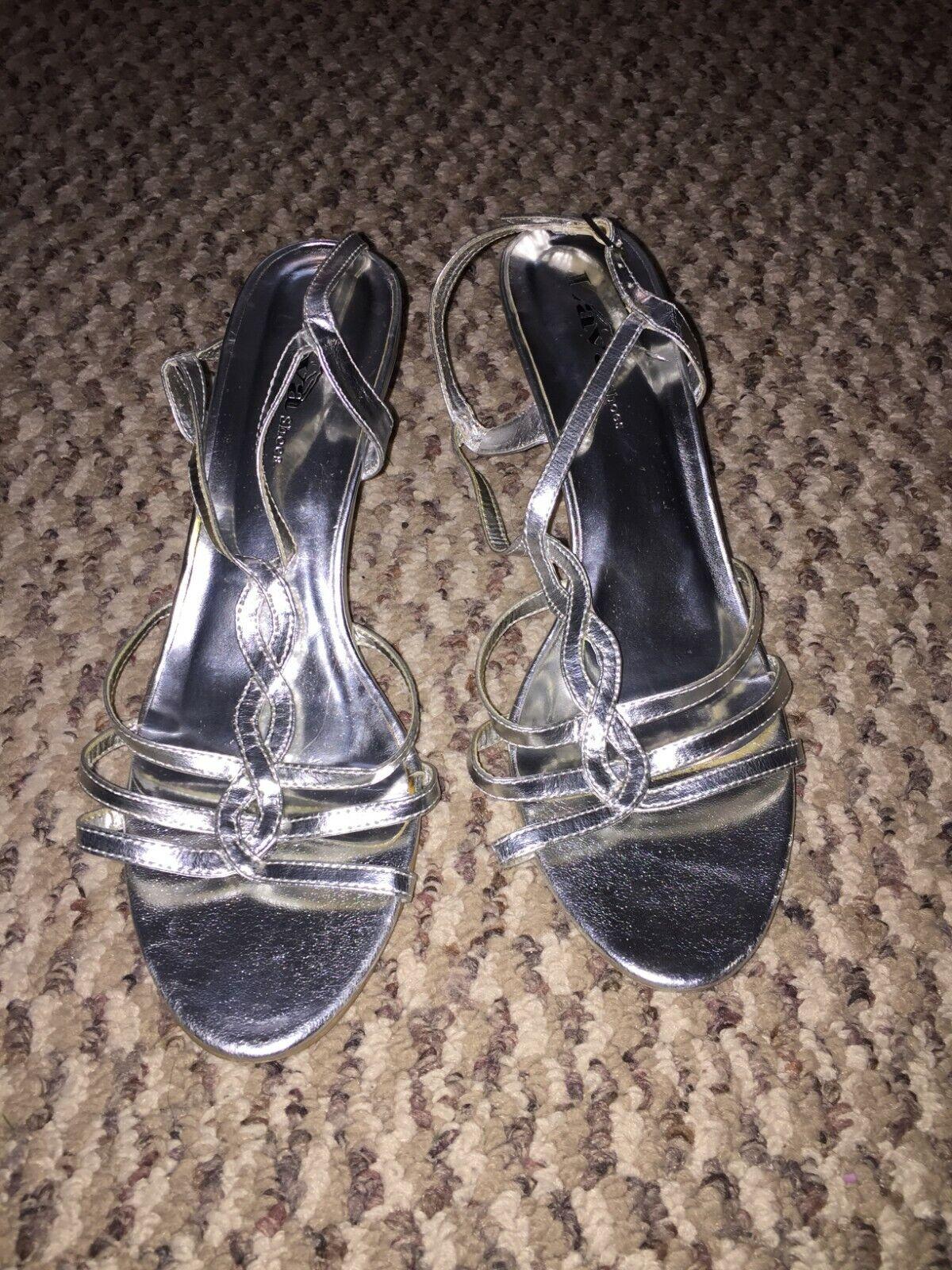 Lava Shoes Women's Silver Heels, Size 9 Style 4185 FAITH