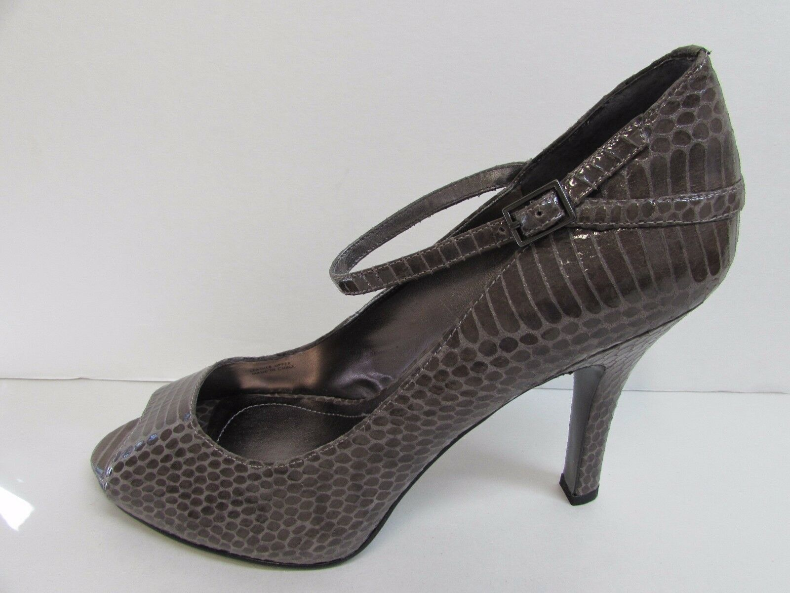 Tahari Heels Größe 10 braun Leather High Heels Tahari New damen schuhe 1bebb1