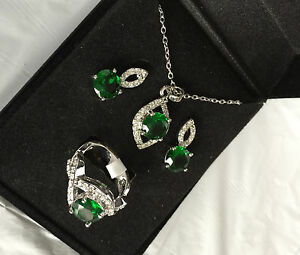 New-QVC-Silver-Plated-Earrings-amp-Pendant-Ring-Set-Emerald-crystal-Ring-Size-6