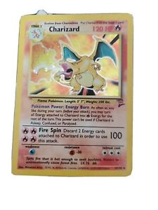 2nd Edition Charizard Base set 4/102 Pokemoncard - Unlimited Holo Foil