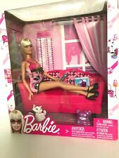 2012 BARBIE GLAM DOLL /& BATHROOM PLAYSET #Y2856  *NEW*