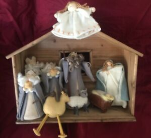 Pottery Barn Kids Nativity Scene 10 Piece Hands On Set Euc