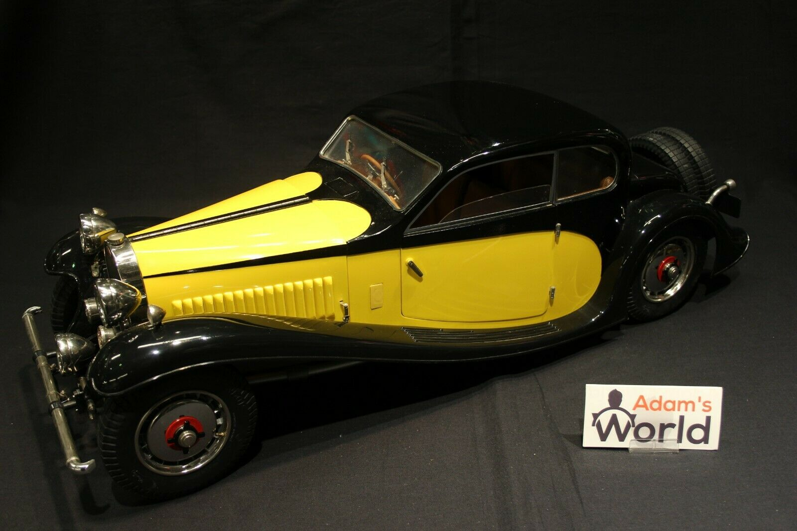 Pocher Bugatti 50 T Coupé 1933 1 8 amarillo   negro (built kit)
