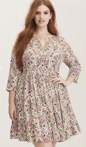 Torrid Floral Dress Size 00 1 2 Plus Ivory Pink Floral