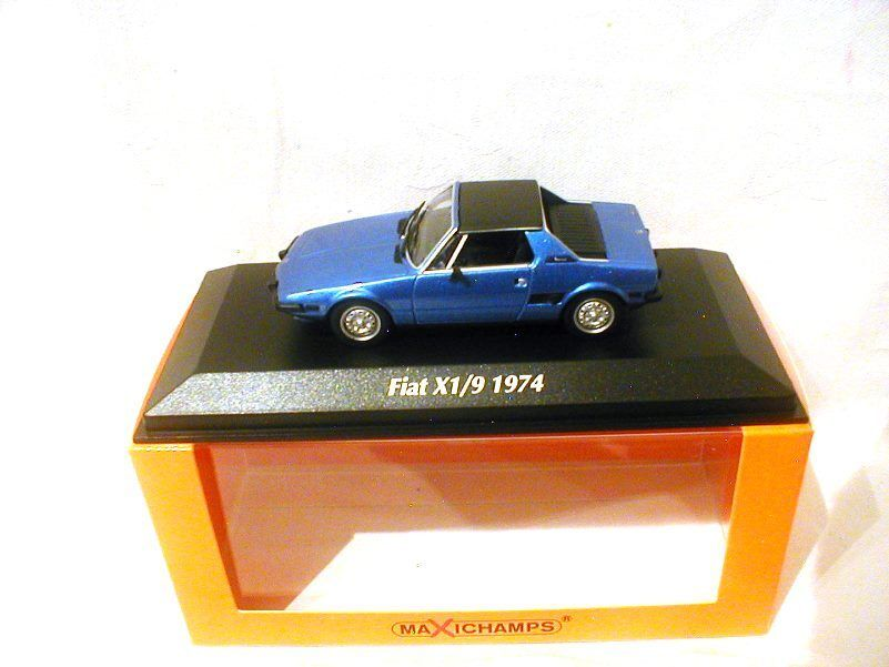 Fiat X19 Metallic bluee 1974  Maxichamps  940121661