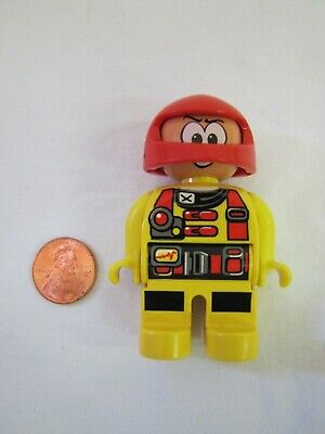 "LEGO DUPLO AUTO MOTORCYCLE MECHANIC MAN 2.5/"" FIGURE Rare Blue Hat"