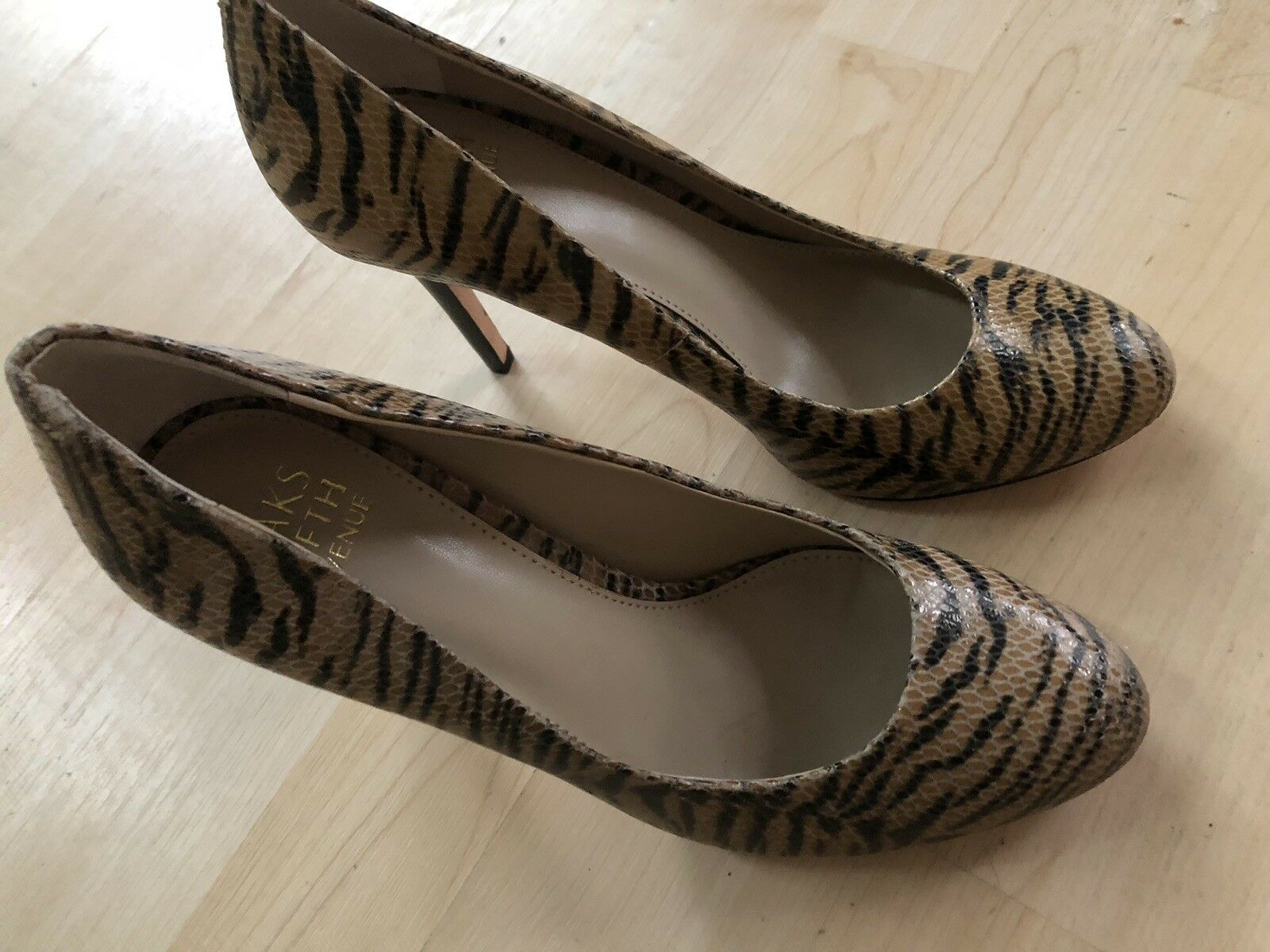 Saks Fifth Avenue Animal Animal Avenue Print Leather Stiletto Pumps 900a4c