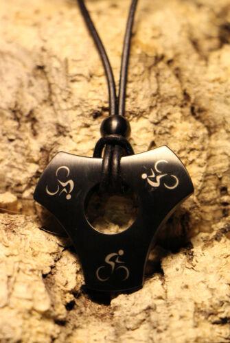 Q-Sportz Amulett-Dreiecks-Kette Biking black