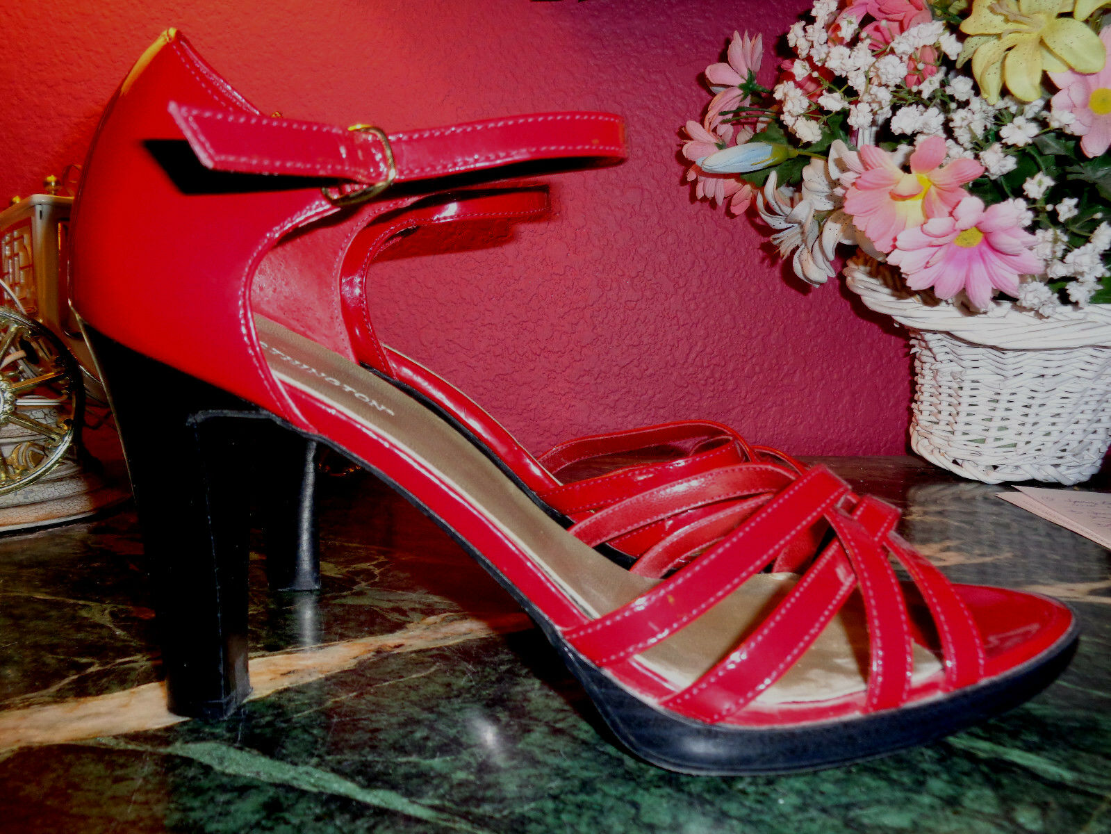 WORTHINGTON cherry red heels faux patent leather ankle strap black heels red 10M pristine 0975d5