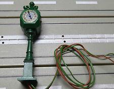 für Slotcar Modellbahn -- 1 beleuchtete Uhr von Brawa ?