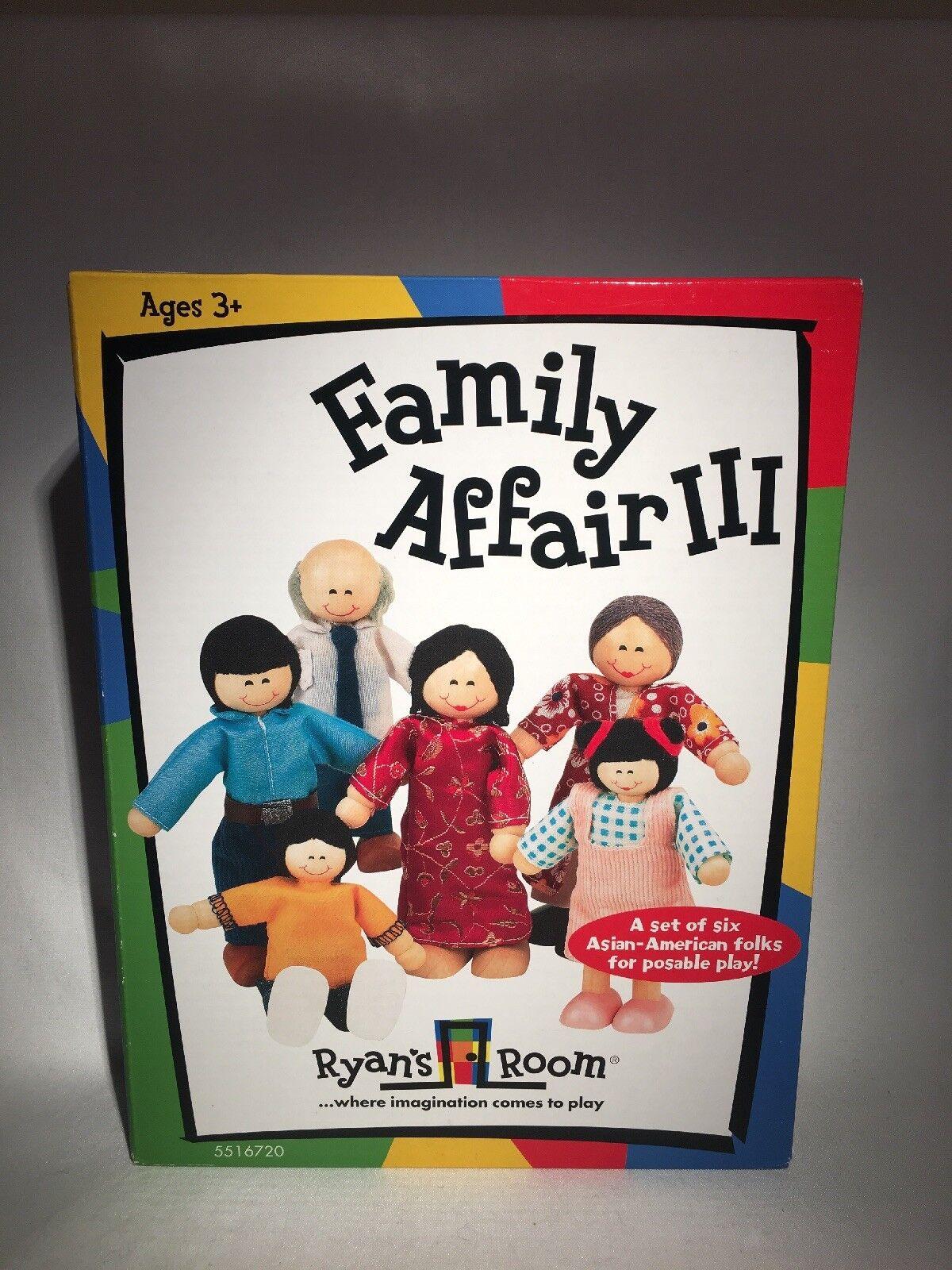 Small World Toys Ryan's Room FAMILY AFFAIR III ASIAN SET FAMILY 6-FIGURE SET ASIAN NRFB 6cb9aa