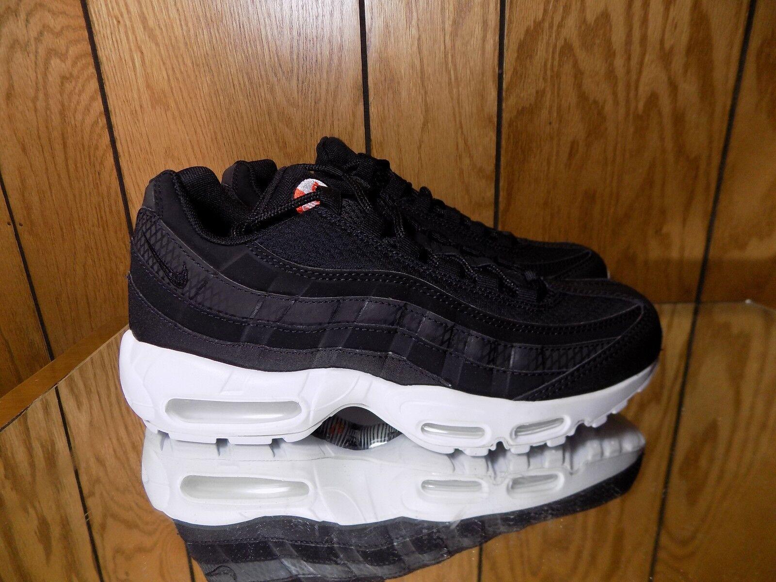 NIKE AIR MAX 95 PREMIUM SE BLACK WHITE ORANGE 924478 001 MEN'S SIZE 7 The most popular shoes for men and women