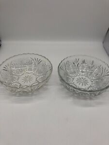 2-Vintage-Clear-Glass-Serving-Bowl-With-Starburst-Design-Scalloped-Edges